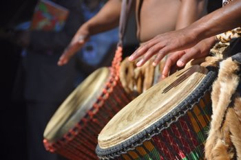drums THE LOVE OF AFRICAN BEAT
