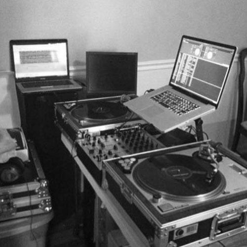 DJ-BRENDAN0 Show hosts